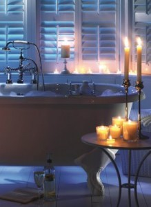 BATHING BY CANDLE LIGHT_php